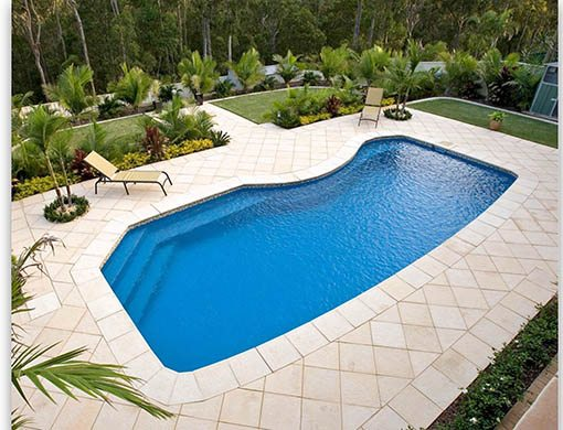 DIY Swimming Pools' Belmont 10 Blue Rock Pool Design